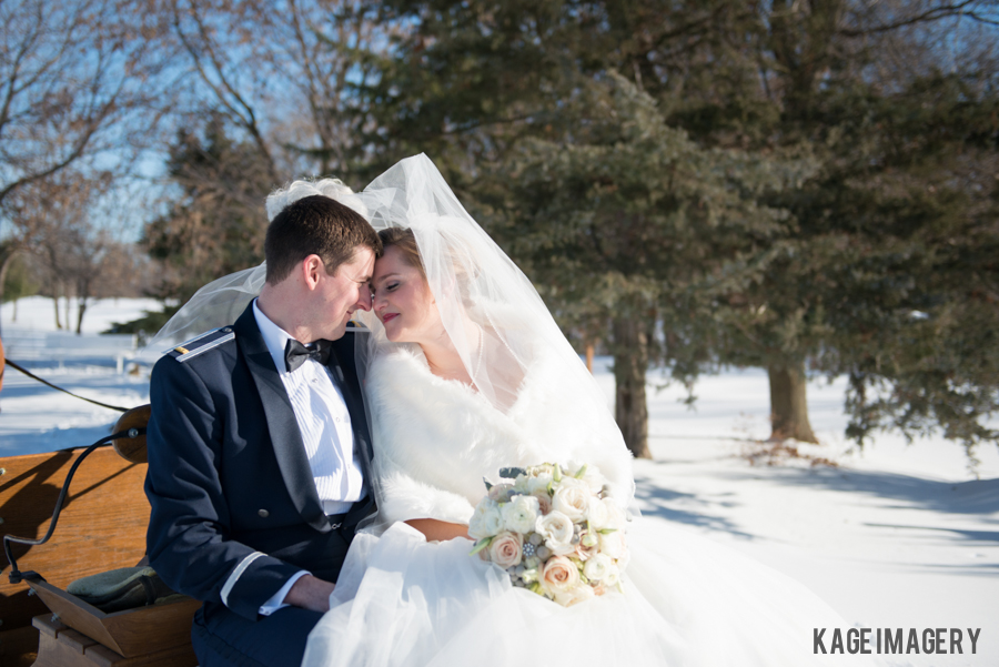 KAITLIN + JOSH :: KILKARNEY HILLS WINTER WEDDING